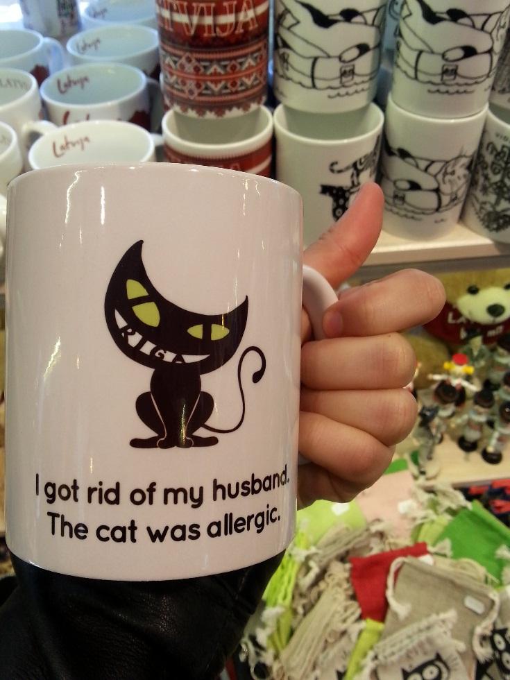 čierna mačka_riga