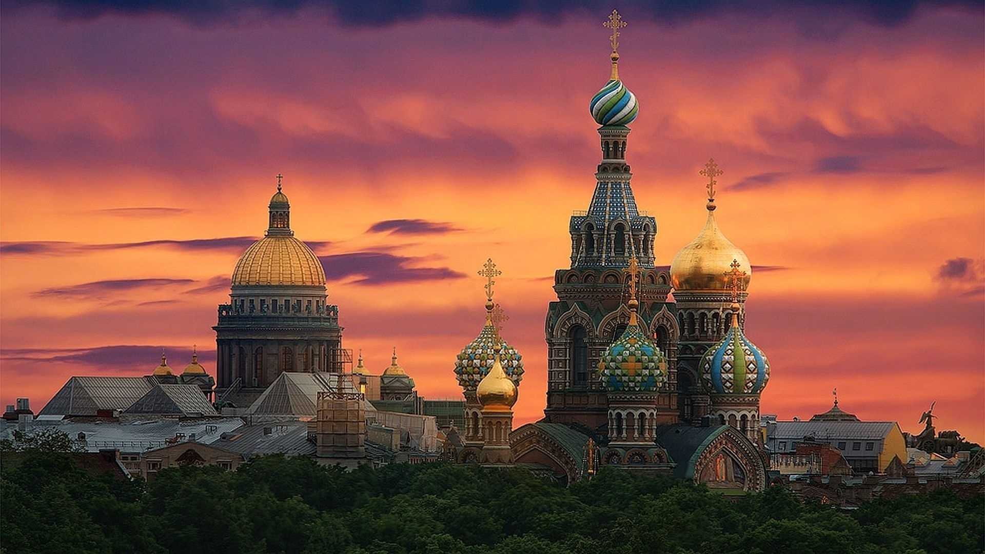 petrohrad_rusko_travelhacker