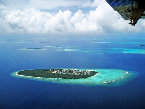 Maldivy_ostrov_travelhacker