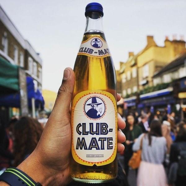 club-mate-berlin_najoblúbenejší nápoj_travelhacker