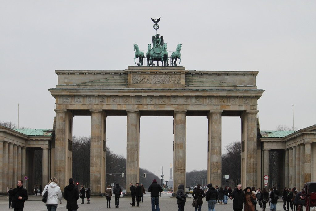 Brandenburgertor_Berlin_lacno_travelhacker