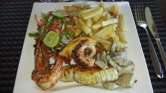 zanzibar_porcia_seefood_lokálne_jedlo_tipy_odporúčania_travelhacker