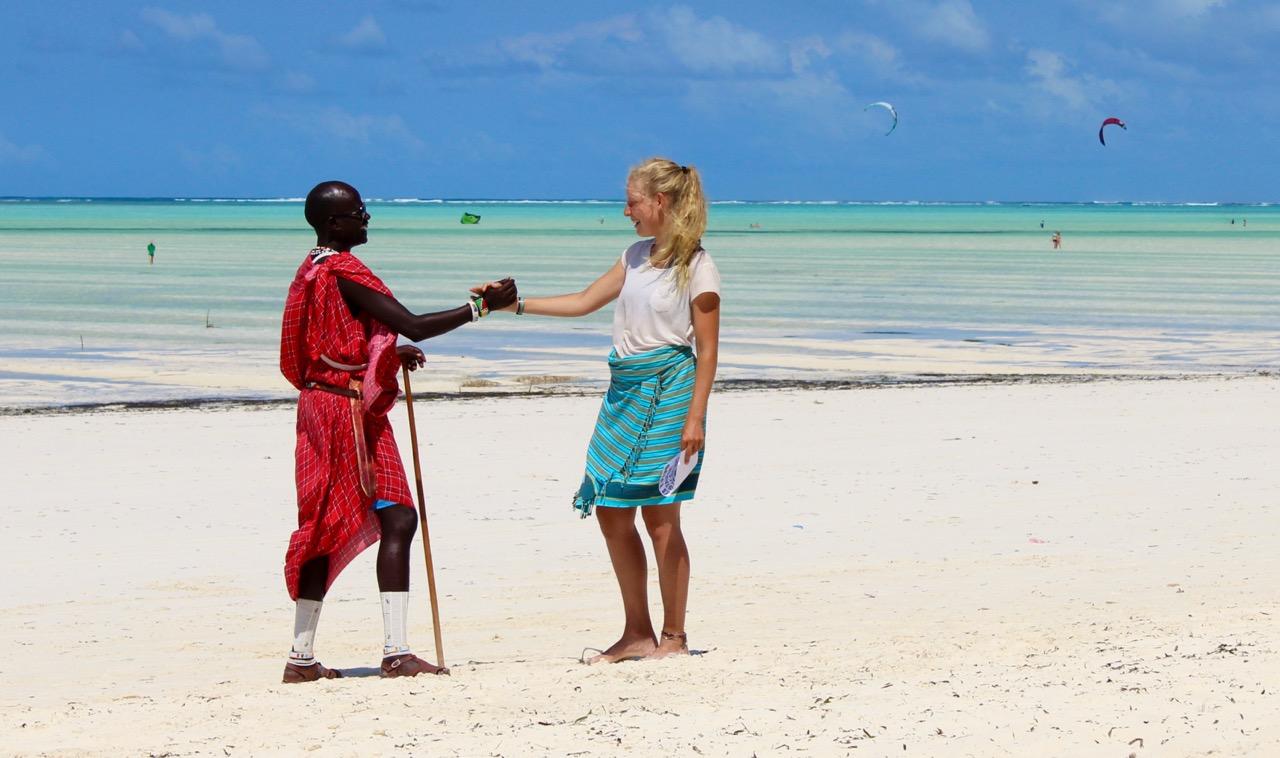 zanzibar_afrika_pláže_domáci_ľudia_dovolenka_travelhacker