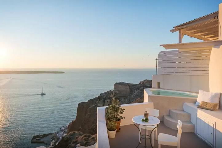 Ubytko na Santorini_airbnb_tipy_travelhacker