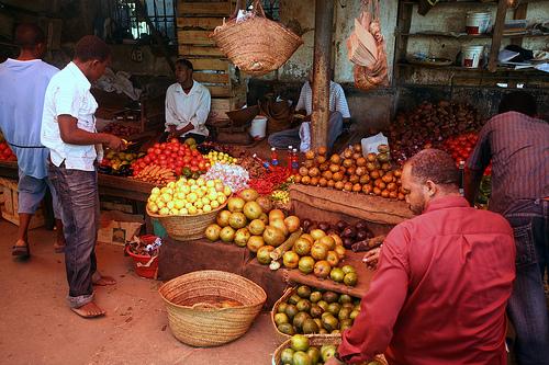 kožná daň_obchod_nakupovanie_zanzibar_afrika_travelhacker