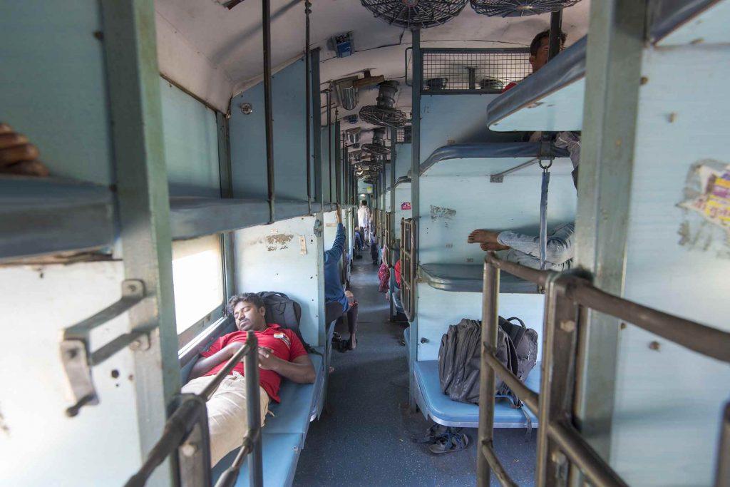 Vlaky v Indii