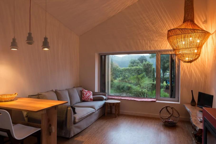 airbnb azory