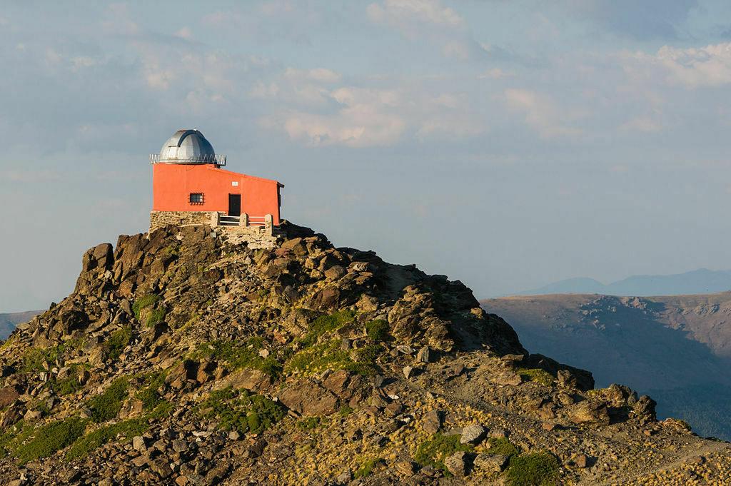 Mohon del Trigo Observatory, Španielsko